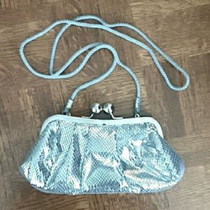 ⭐Host Pick⭐Le Chateau Silver Clutch / Handbag